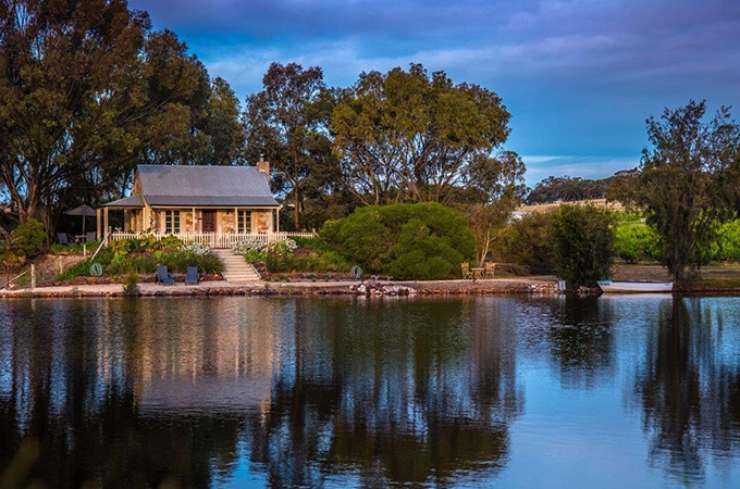 Stonewell Cottages and Vineyards - South Australia