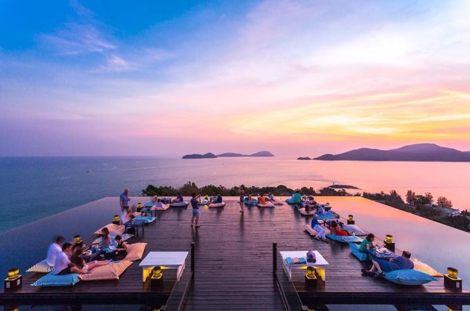 rooftop bar, thailand