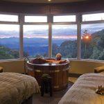 A Romantic Retreat: O'Reilly's Rainforest Retreat
