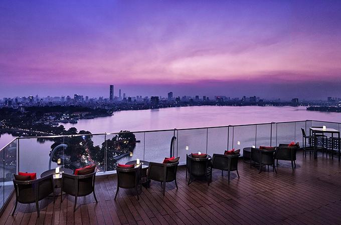 rooftop bar, vietnam