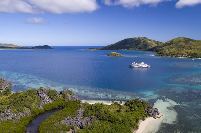 Arrive like a rock star on idyllic Castaway Island, with helicopter transfers included in your Mamanuca Magic package
