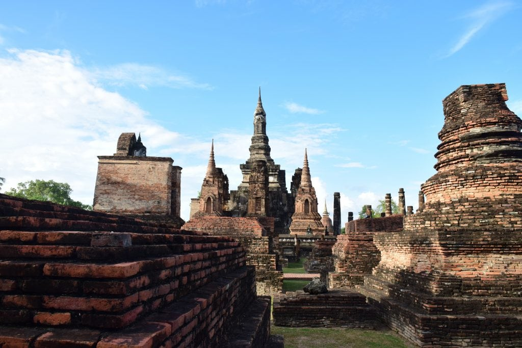 Sukhothai - Photo by attapon chootuan on Unsplash