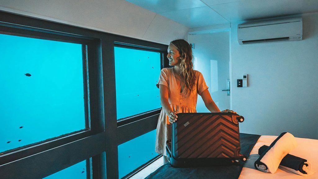 Reefsleep in a reefsuite - ultimate australian honeymoon