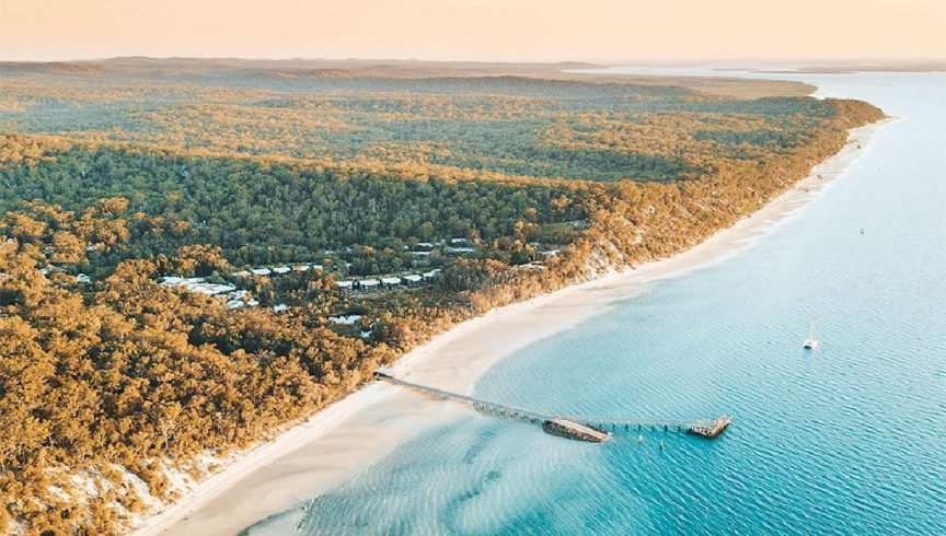 WEB-kingfisher-bay-resort-fraser-island-from-the-air