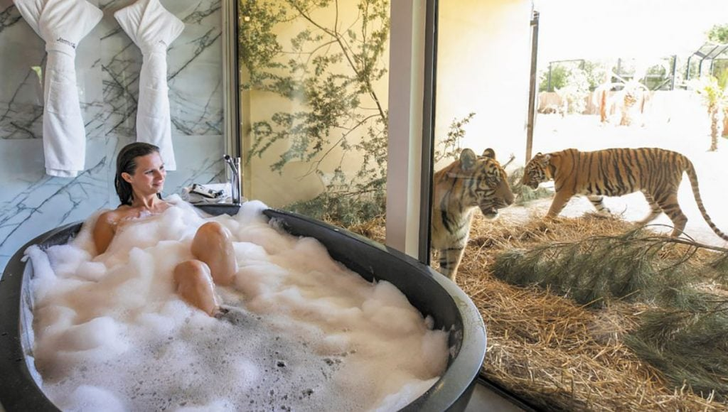 Jamala Wildlife Lodge, breathtaking baths with a view in Australia