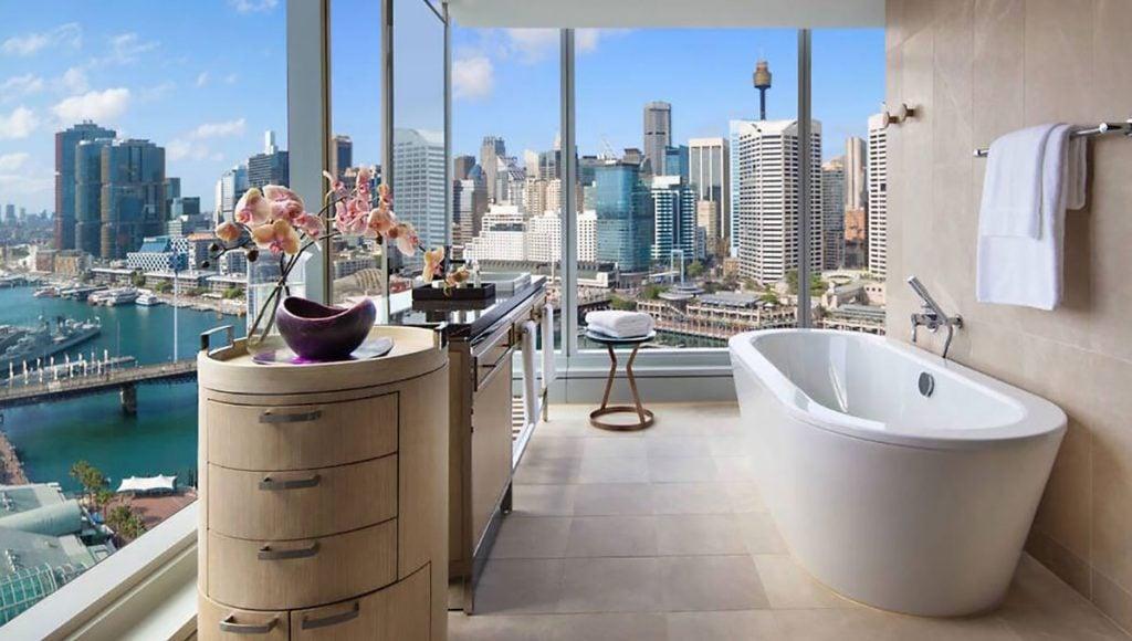 Sofitel Sydney Darling Harbour, breathtaking baths with a view in Australia