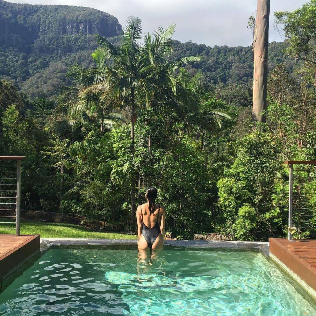 Romantic holiday - Crystal Creek Rainforest Retreat