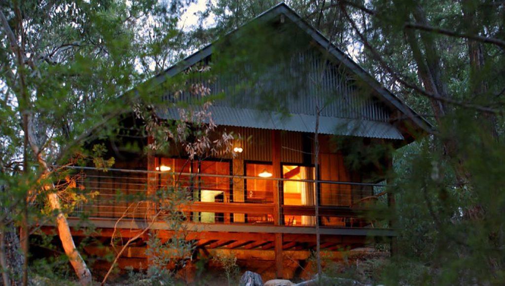Queensland Retreats - Girraween Environmental Lodge