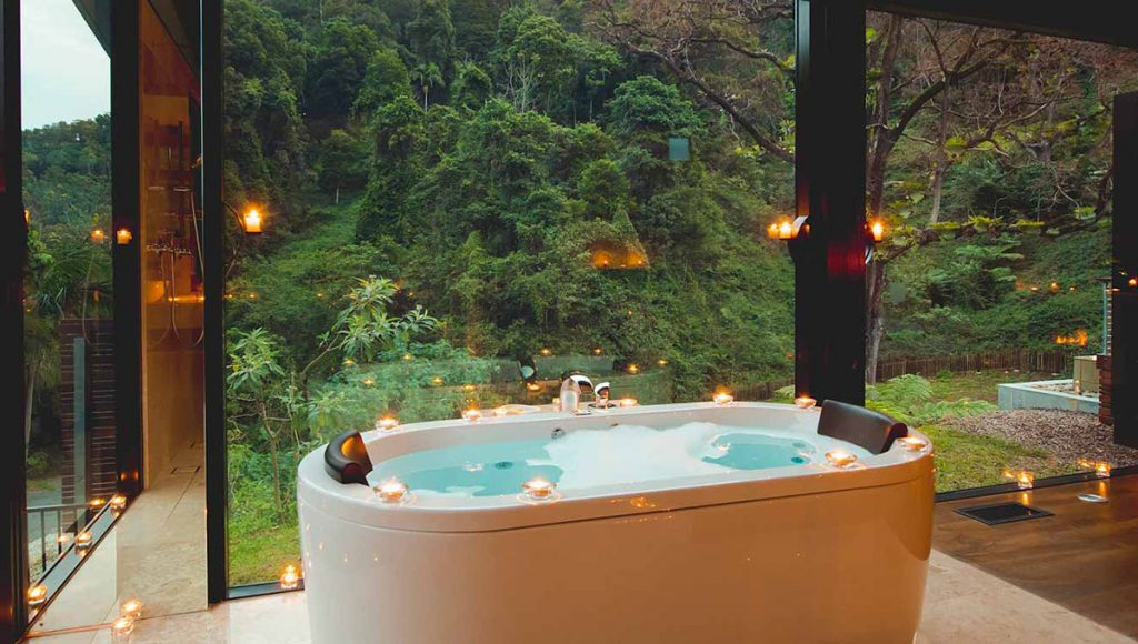 Romantic Escapes in New South Wales - Crystal Creek Rainforest Retreat